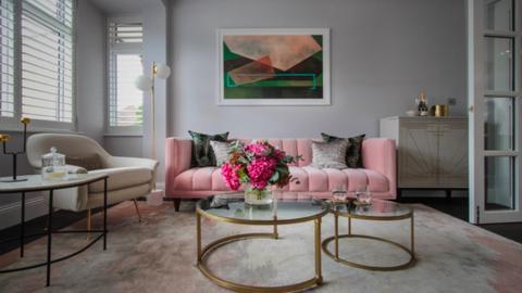 pink living - Living room  - by RhodriSimpson13
