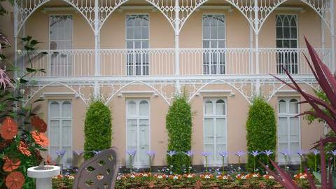 tranquil garden - Classic - Garden  - by auntiehelen